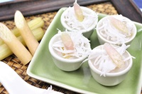 ขนมสายบัว Thai Steamed Lotus Stem Cake